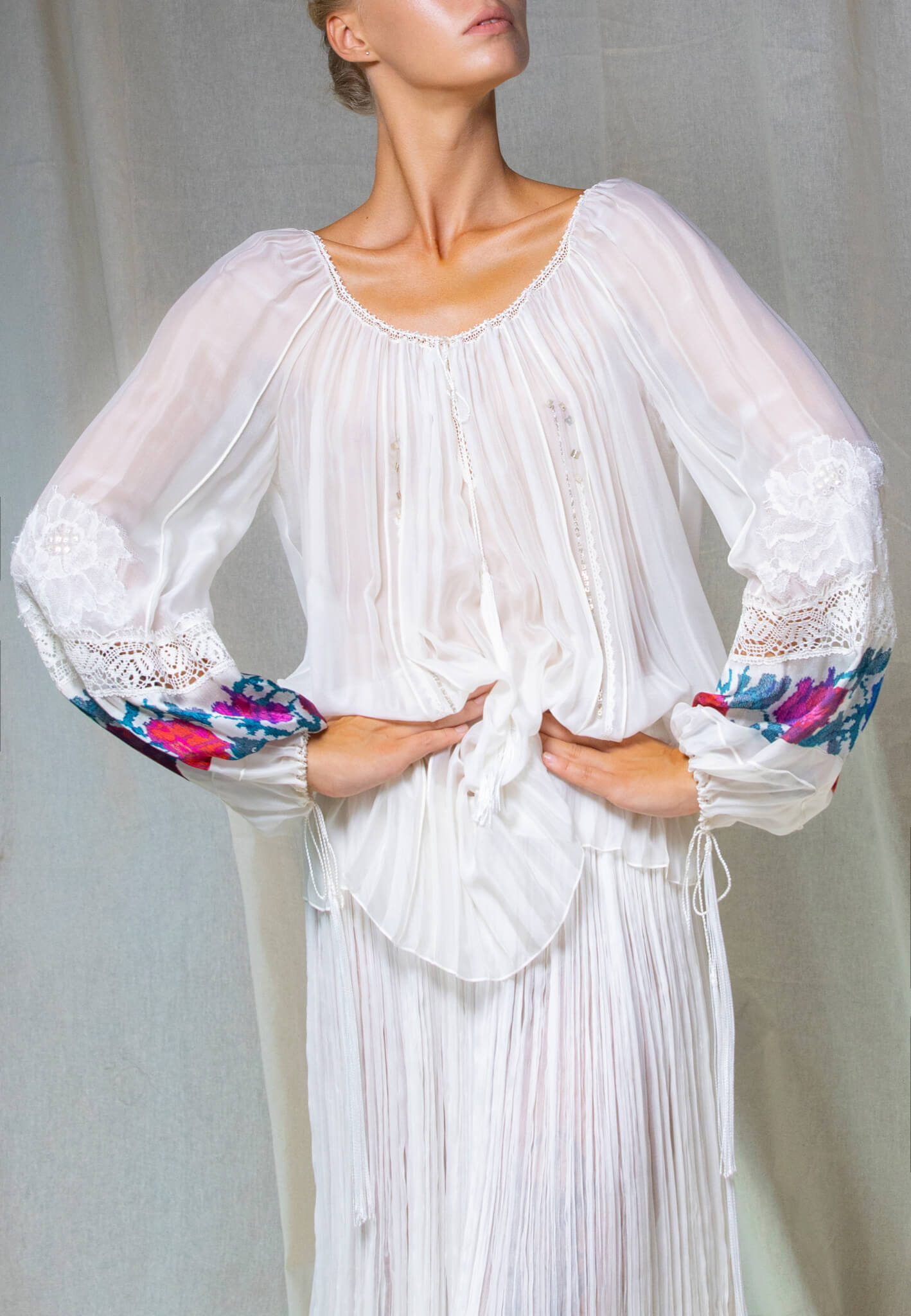 Silk blouse with lace and print